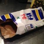 Dåligt tillplattad filmjölk tetra